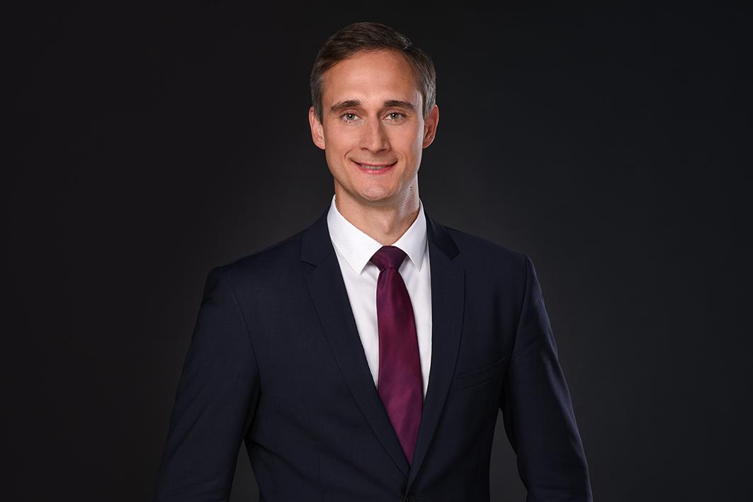Pavlo Grigorov heuert bei Merck Finck an