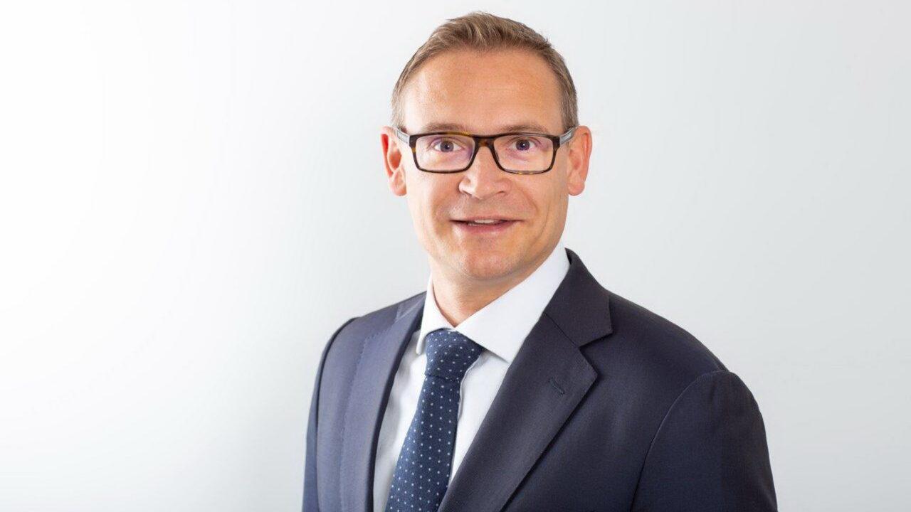 https://intelligent-investors.de/wp-content/uploads/2020/07/Krause-Stefan_2-1280x720.jpg