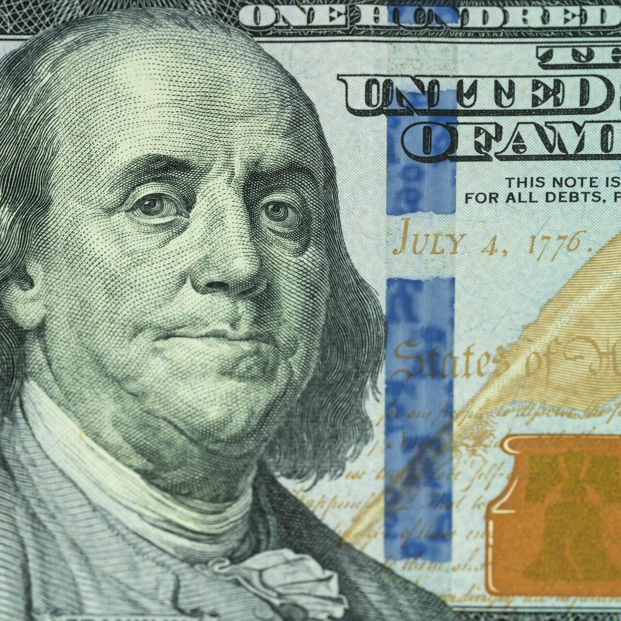 Niedrigere Kosten des Dollar-Hedgings eröffnet Optionen