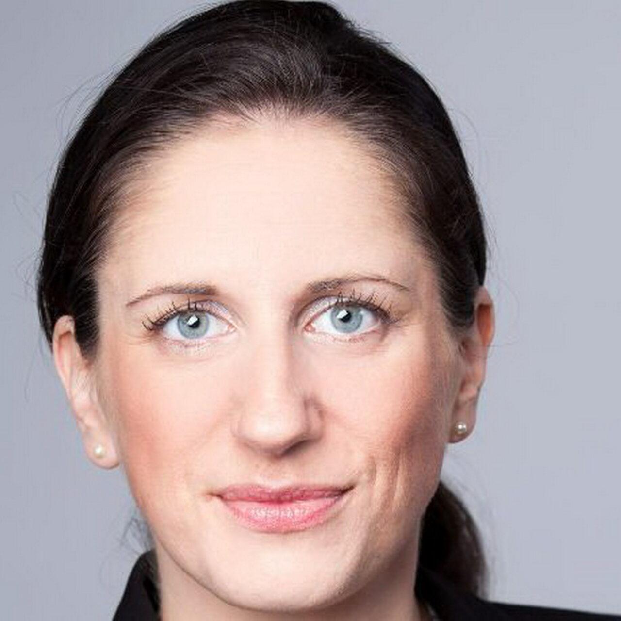 """BayernInvest mit """"Platin"""" für Nachhaltigkeit ausgezeichnet"""