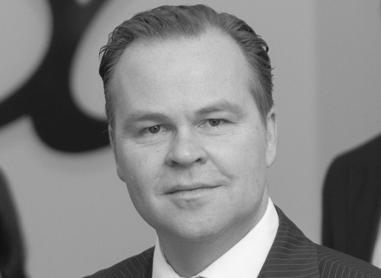 https://intelligent-investors.de/wp-content/uploads/2020/08/Clemens_Schuerhoff_Kommalpha_2-1280x935.jpg