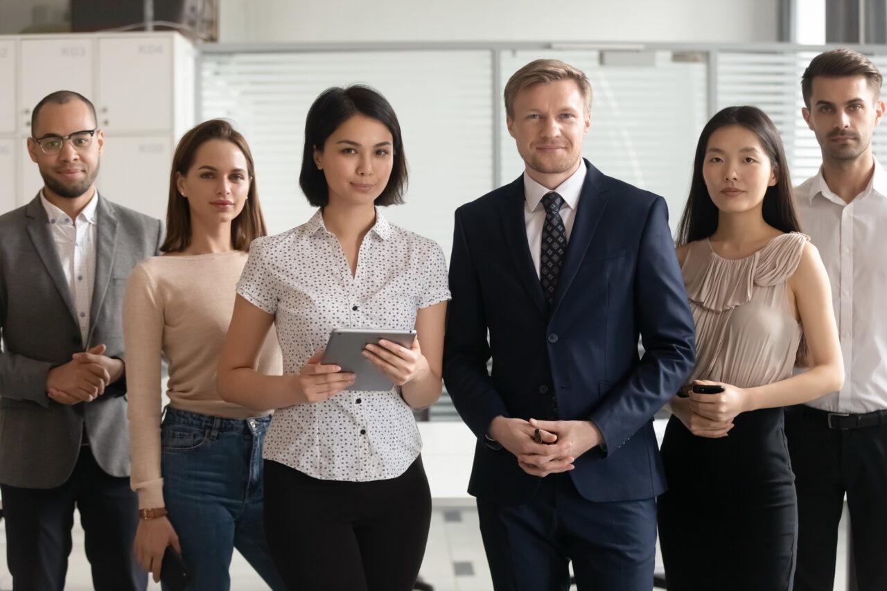 https://intelligent-investors.de/wp-content/uploads/2020/08/Teammitglied_2-1280x853.jpg