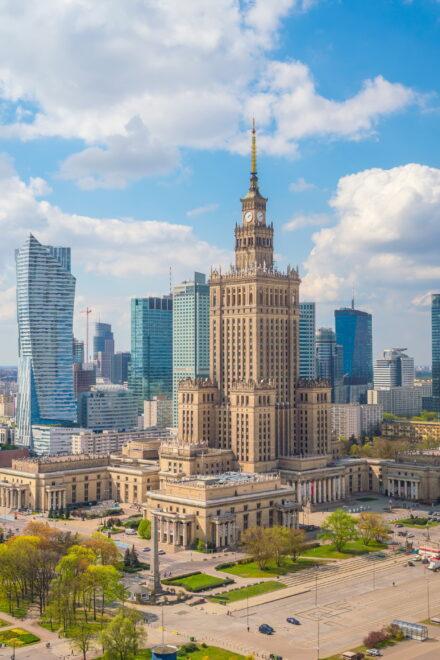 HANSAINVEST Real Assets landet Vermietungs-Coup in Warschau