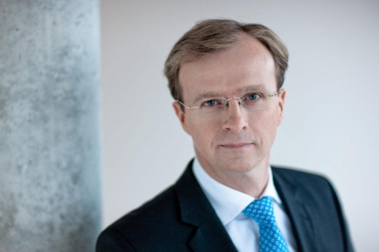 https://intelligent-investors.de/wp-content/uploads/2020/09/Thomas-Bucher_2-1280x853.jpg