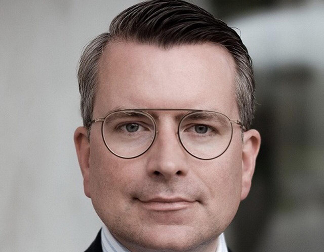 https://intelligent-investors.de/wp-content/uploads/2020/10/Daniel-Pahl_2-1280x994.jpg