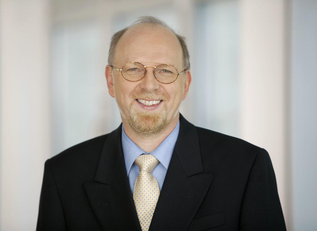 https://intelligent-investors.de/wp-content/uploads/2020/10/Dr-Franz-Wenzel_AXA-estmentManagers-1280x933.jpg