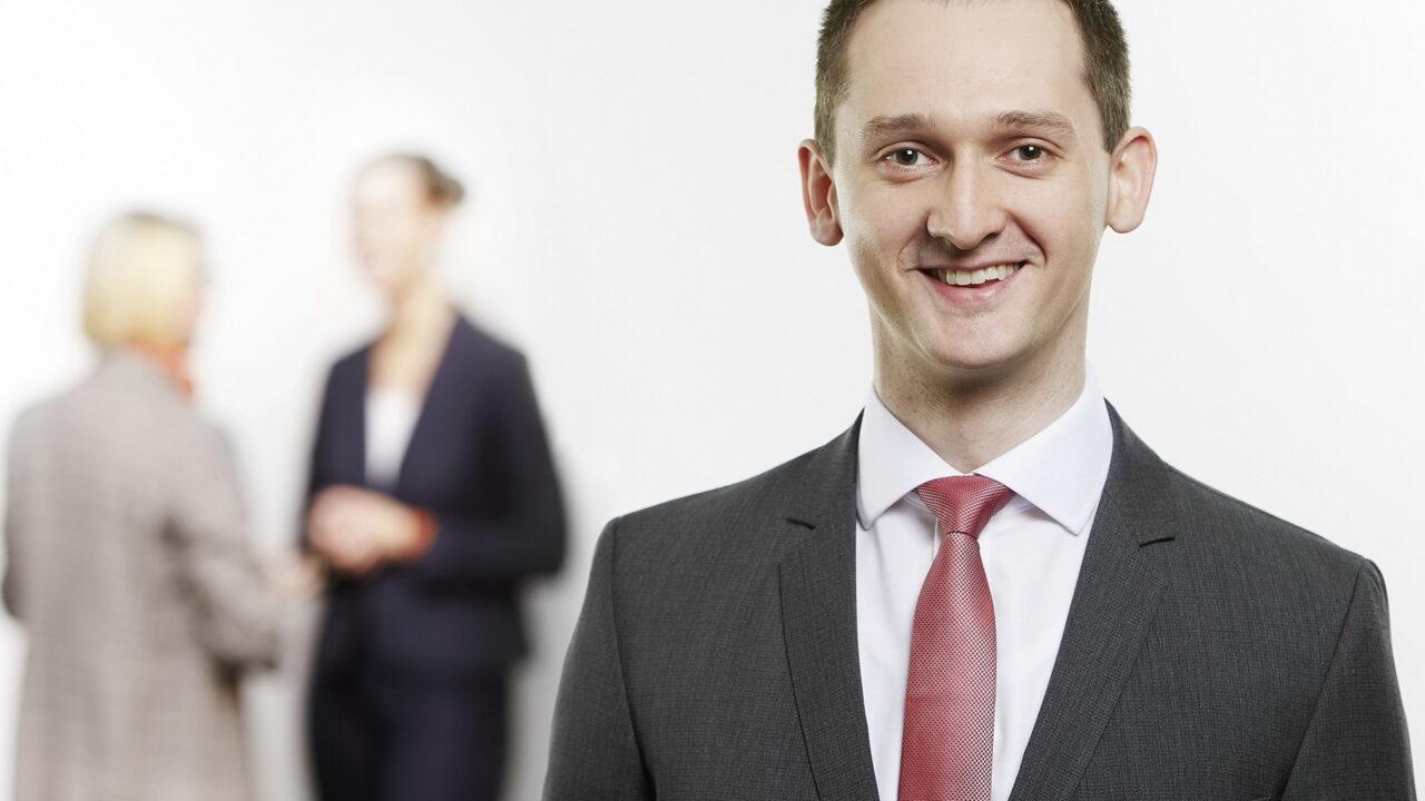 https://intelligent-investors.de/wp-content/uploads/2020/10/Dr.-Baitinger-Eduard-1280x720.jpg