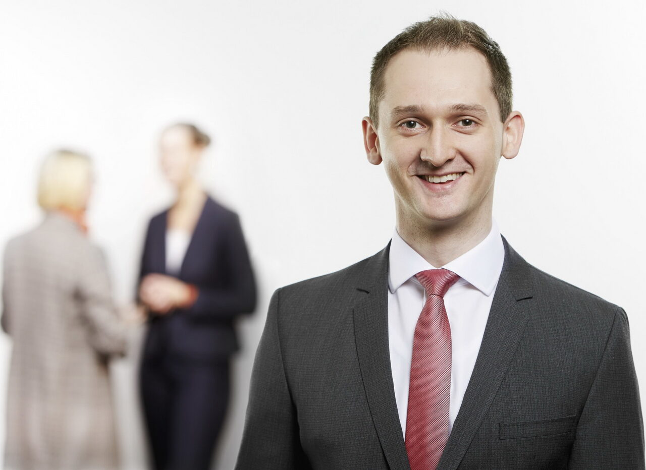 https://intelligent-investors.de/wp-content/uploads/2020/10/Dr.-Baitinger-Eduard-1280x932.jpg