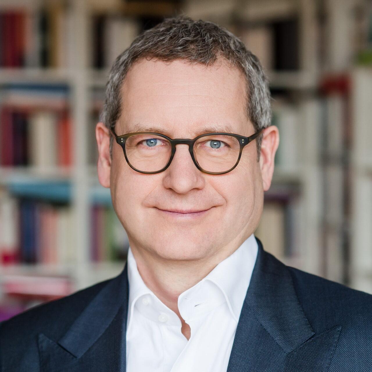 Matthias Schmolz wechselt in Leitungsposition zum Stifterverband