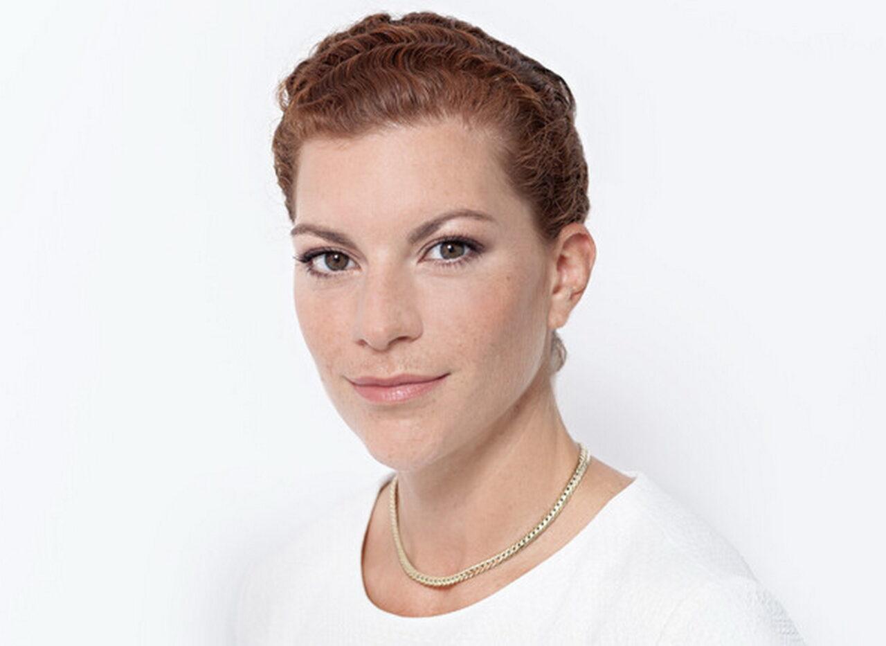 https://intelligent-investors.de/wp-content/uploads/2020/11/Britta-Bene_2-1280x933.jpg