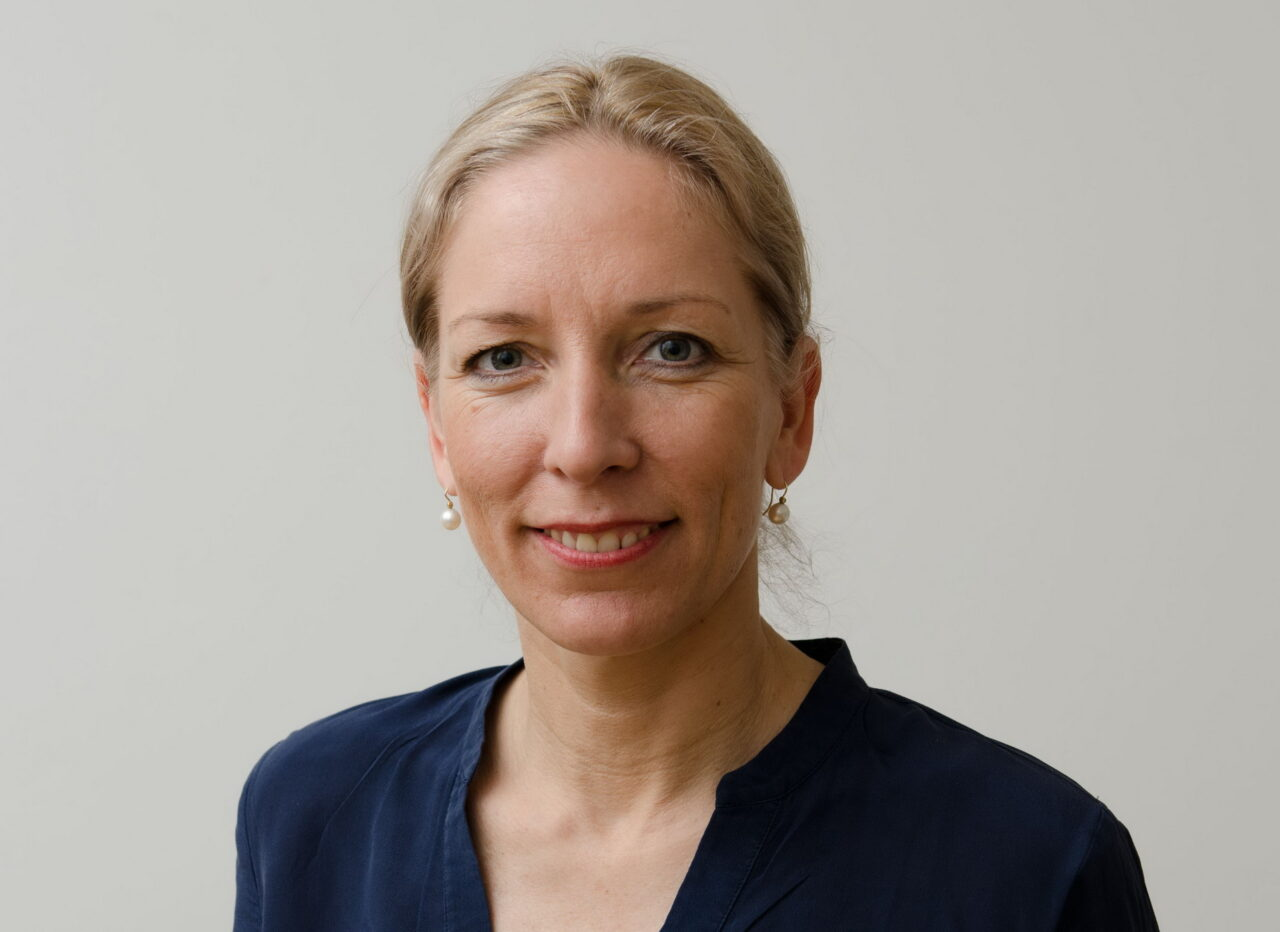 https://intelligent-investors.de/wp-content/uploads/2020/11/Friederike-von-Buenau-01_2-1280x932.jpg