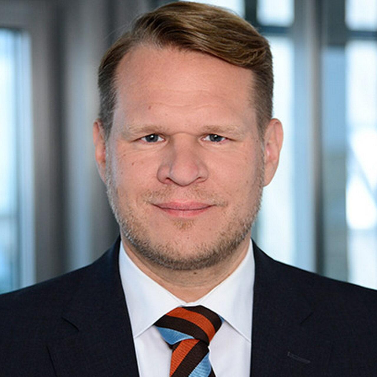 Warburg-HIH Invest erweitert Geschäftsführung