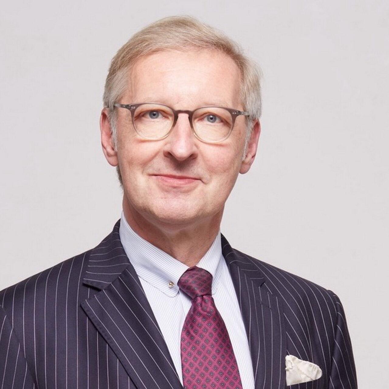 Dr. Hengster, Loesch & Kollegen erweitert Beirat