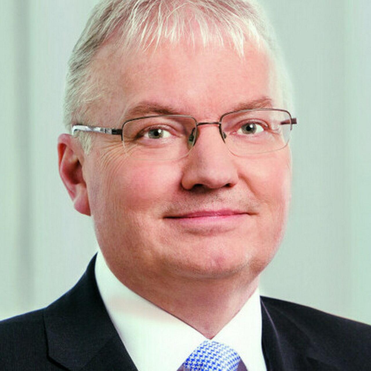 Torsten Knapmeyer wird Vertriebsvorstand der DekaBank