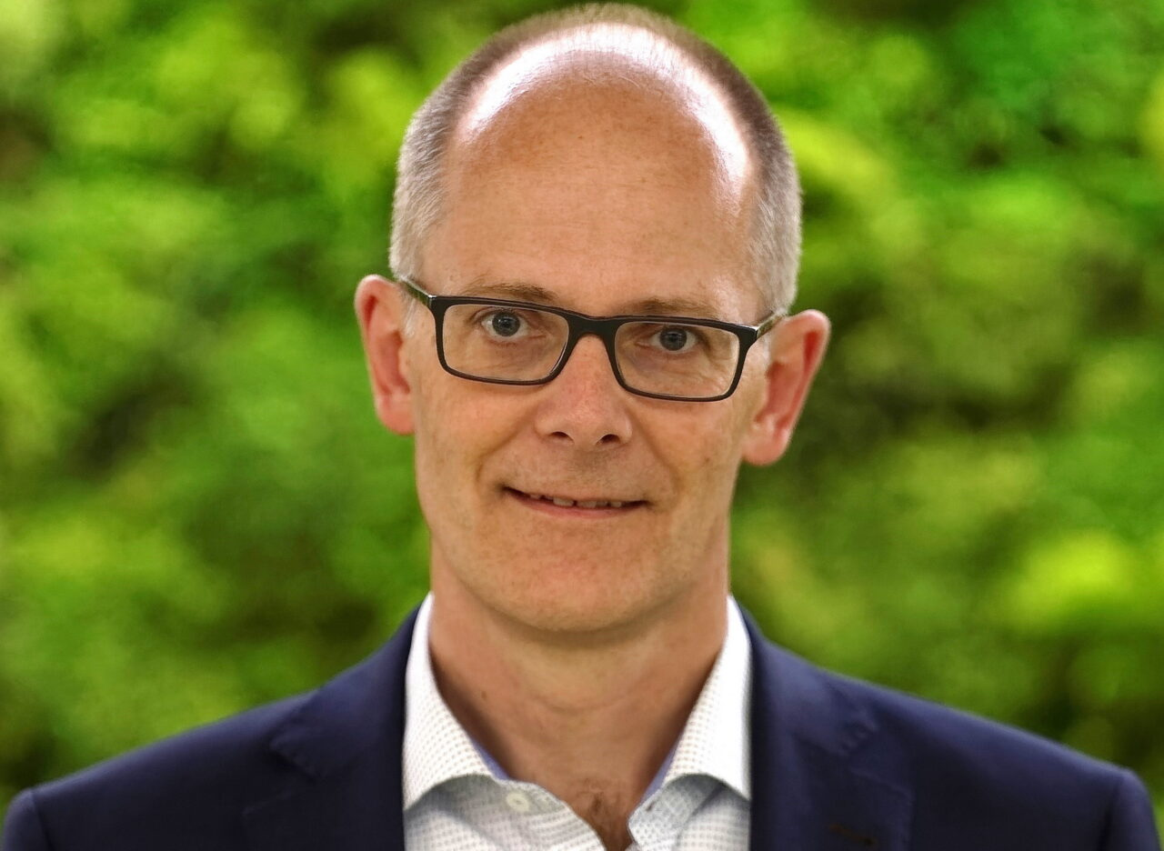 https://intelligent-investors.de/wp-content/uploads/2021/01/Carsten-Meyer_Portrait_2-1280x936.jpg