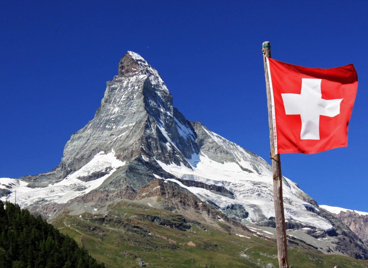 https://intelligent-investors.de/wp-content/uploads/2021/02/Schweiz_3-1280x932.jpg