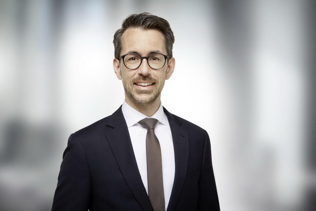 https://intelligent-investors.de/wp-content/uploads/2021/04/210426_Bethmann_Marcel-Andretzki_2-1280x853.jpg