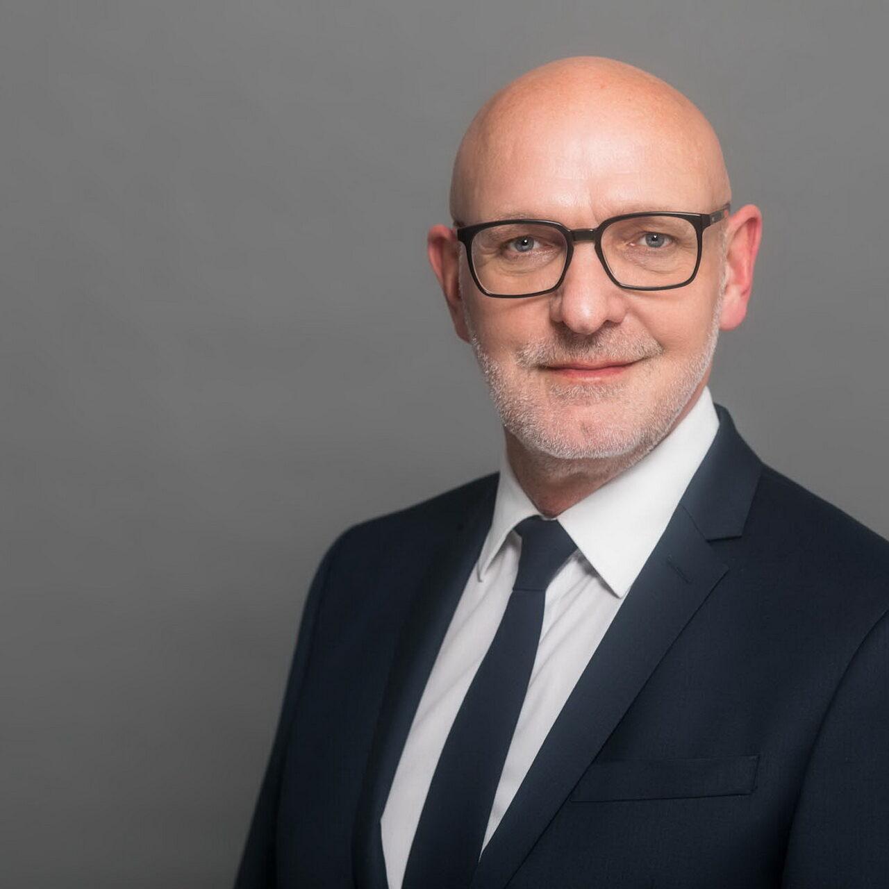 Neue Geschäftsführung bei Deutsche Investment KVG
