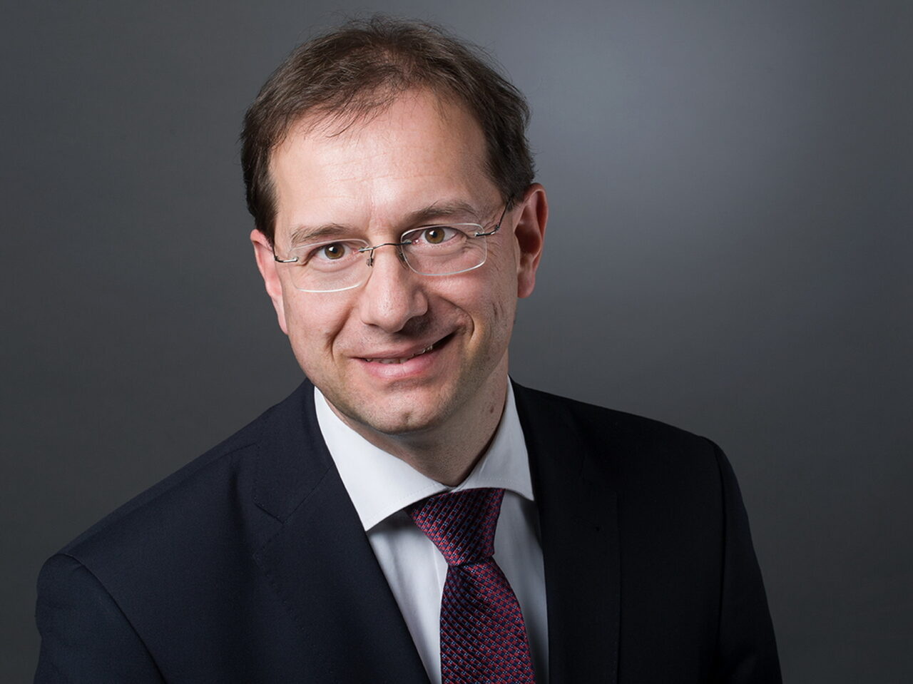 https://intelligent-investors.de/wp-content/uploads/2021/04/Juergen-Huth_2-1280x959.jpg