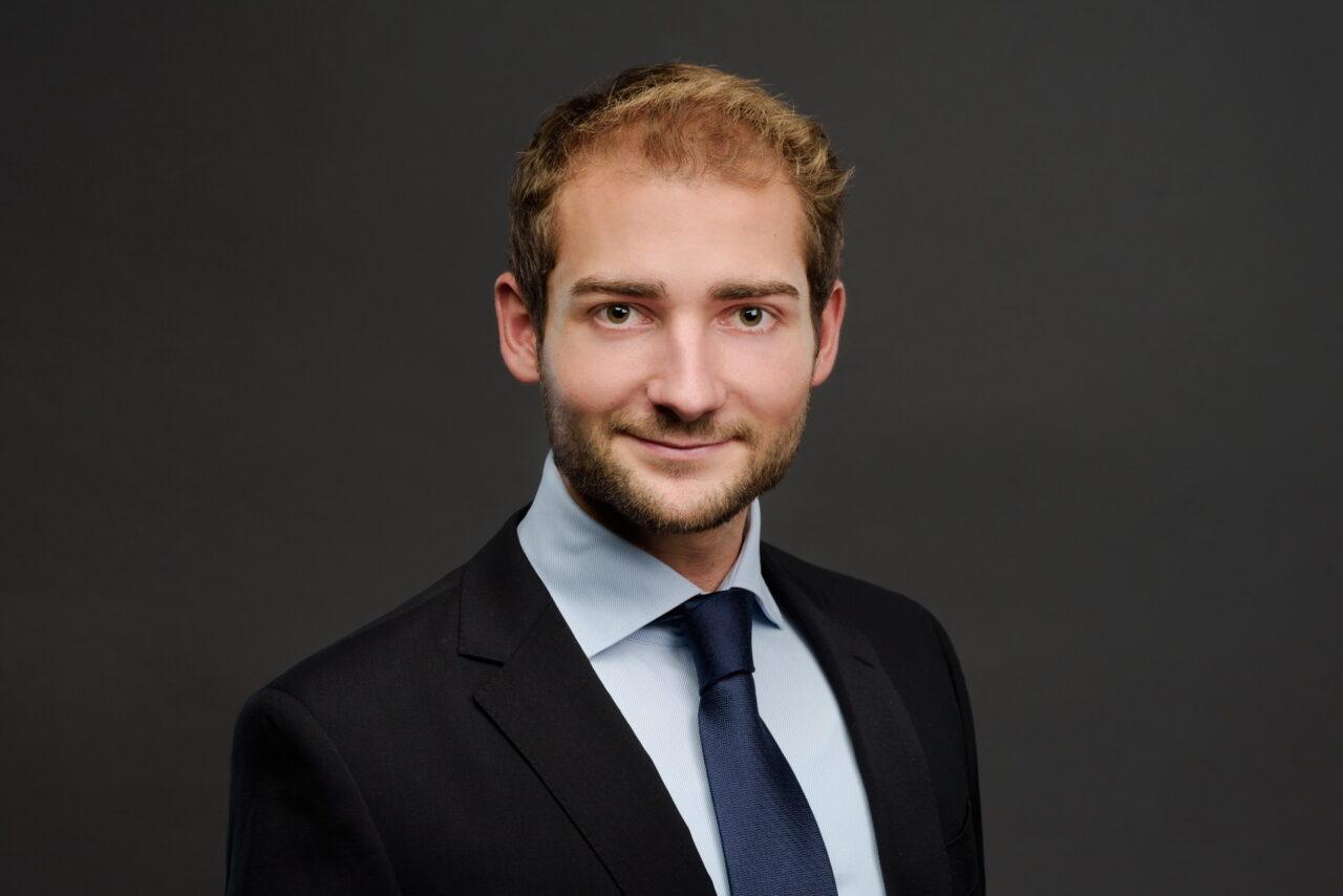 https://intelligent-investors.de/wp-content/uploads/2021/04/Manuel-Ebner_2-1280x854.jpg