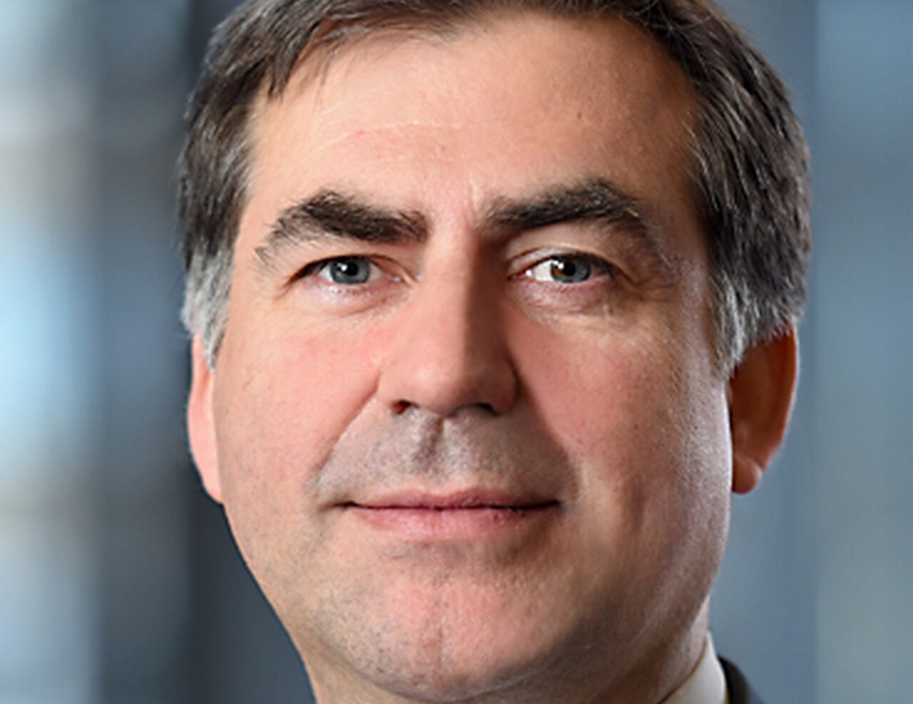https://intelligent-investors.de/wp-content/uploads/2021/05/Markus-Banna-Aberdeen-Standard-Investments_2-1280x987.jpg
