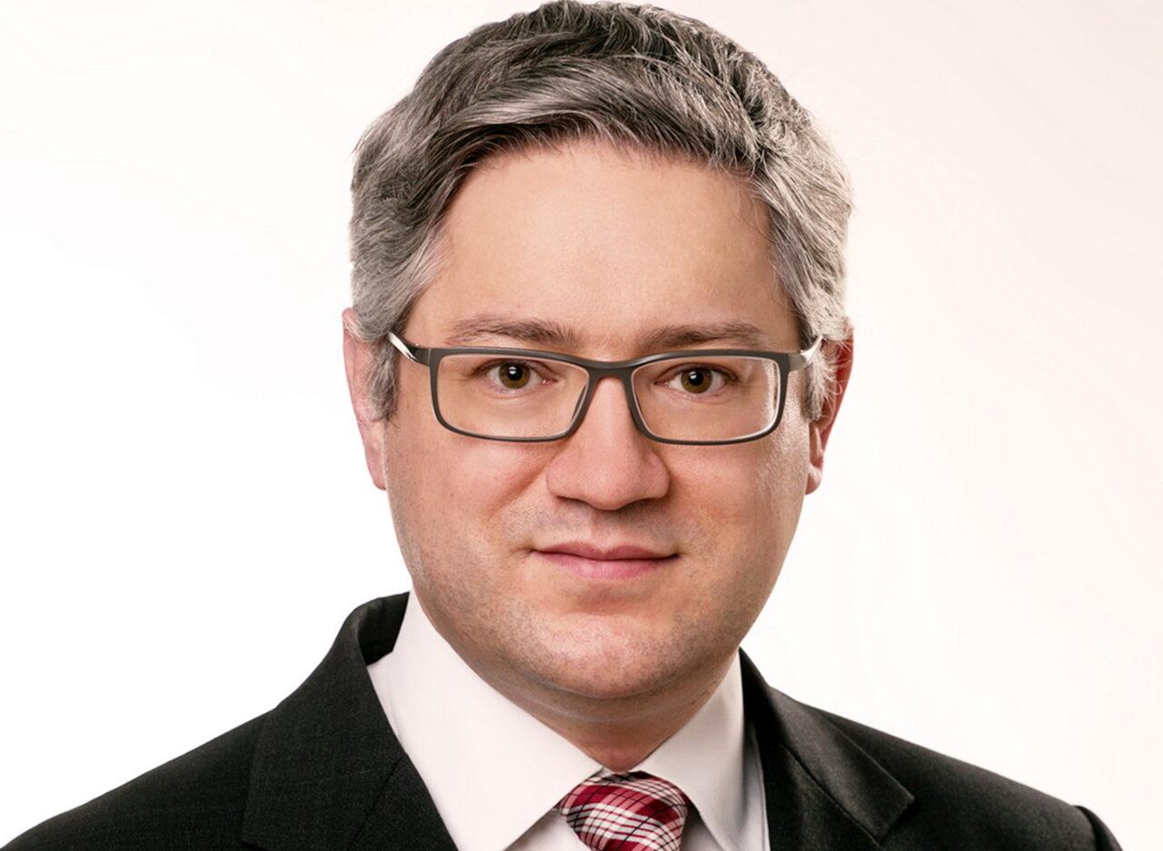 https://intelligent-investors.de/wp-content/uploads/2021/05/Max-Grafmueller-Copyright-Edmond-de-Rothschild_2-1280x937.jpg