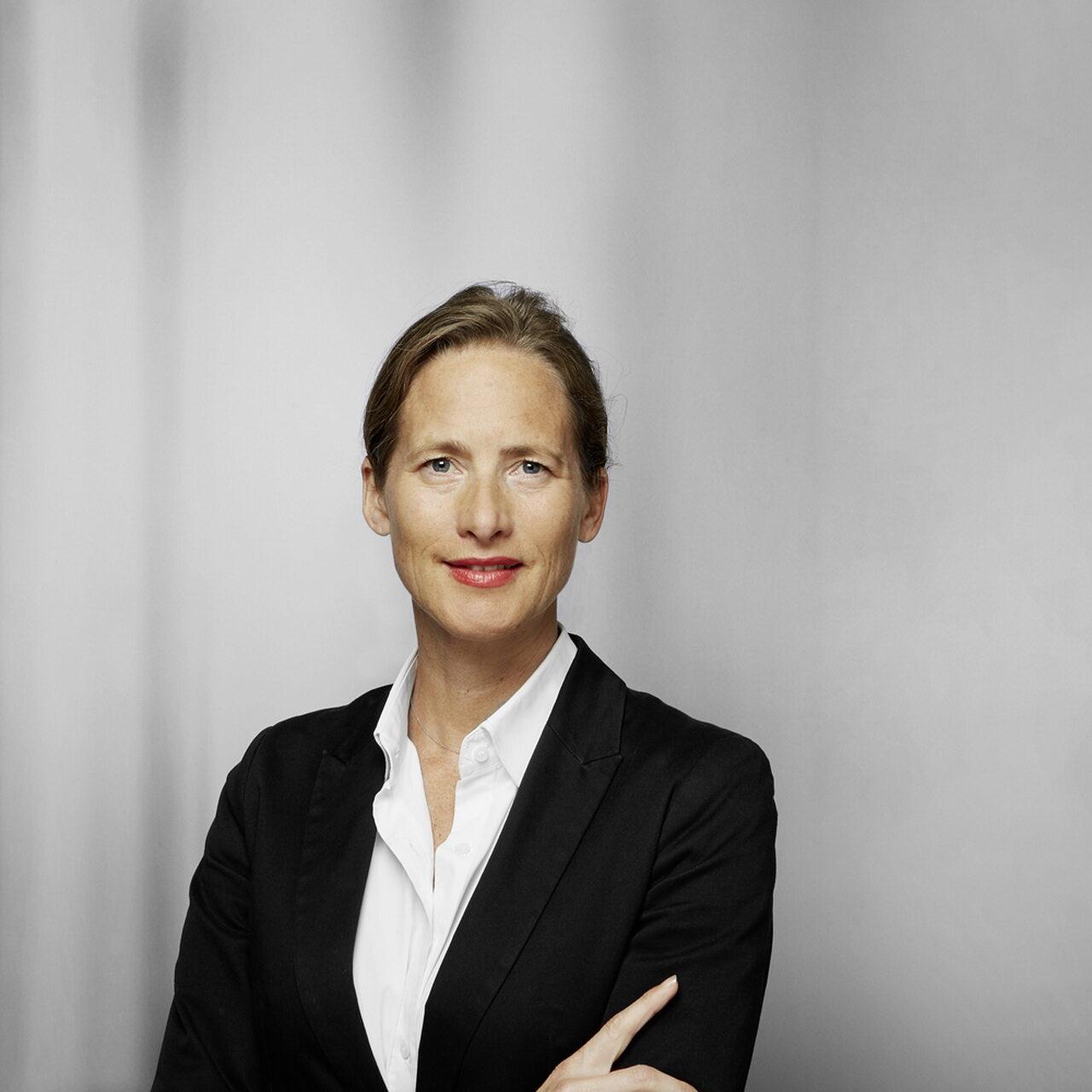 Sandra Heidecker steigt bei Bethmann auf