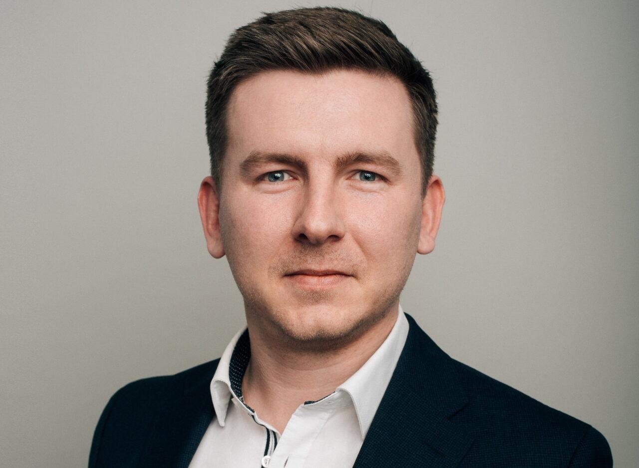 https://intelligent-investors.de/wp-content/uploads/2021/06/Martin_Cichowski_max_2-1280x939.jpg