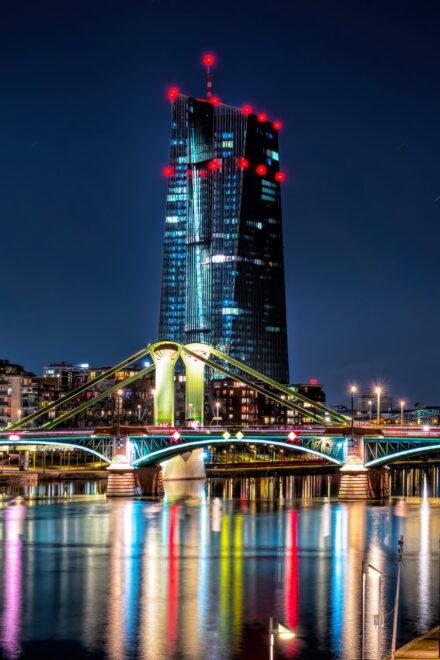 EZB-Politik: Anleihenanleger stehen vor einem Dilemma