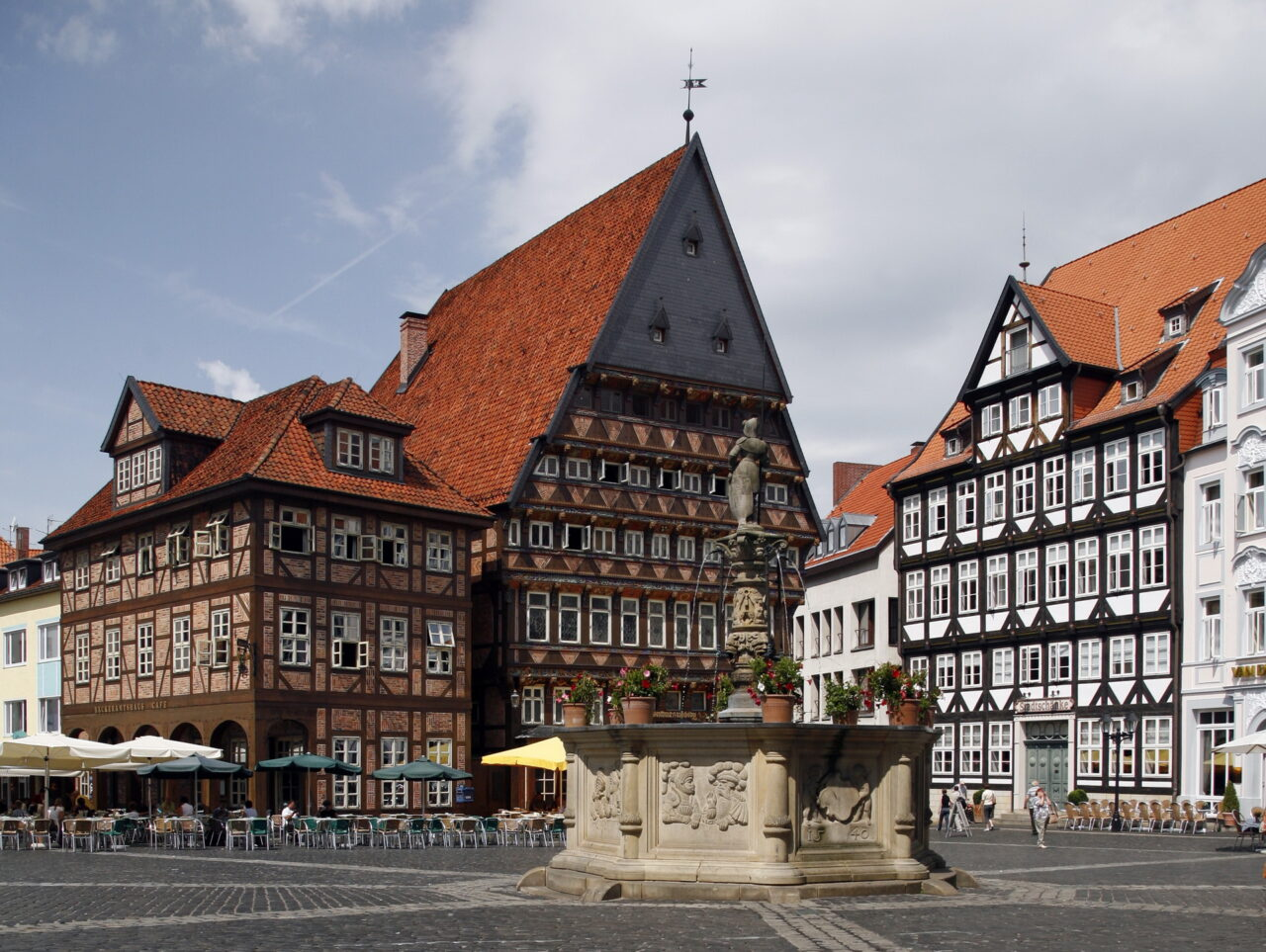 https://intelligent-investors.de/wp-content/uploads/2021/07/Hildesheim_2-1280x963.jpg