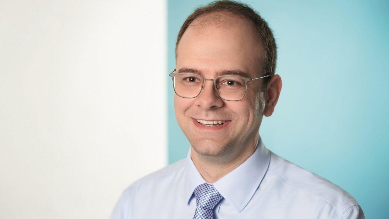 https://intelligent-investors.de/wp-content/uploads/2021/07/MG-Wolfgang-Bauer-Conversation-s_2-1280x720.jpg