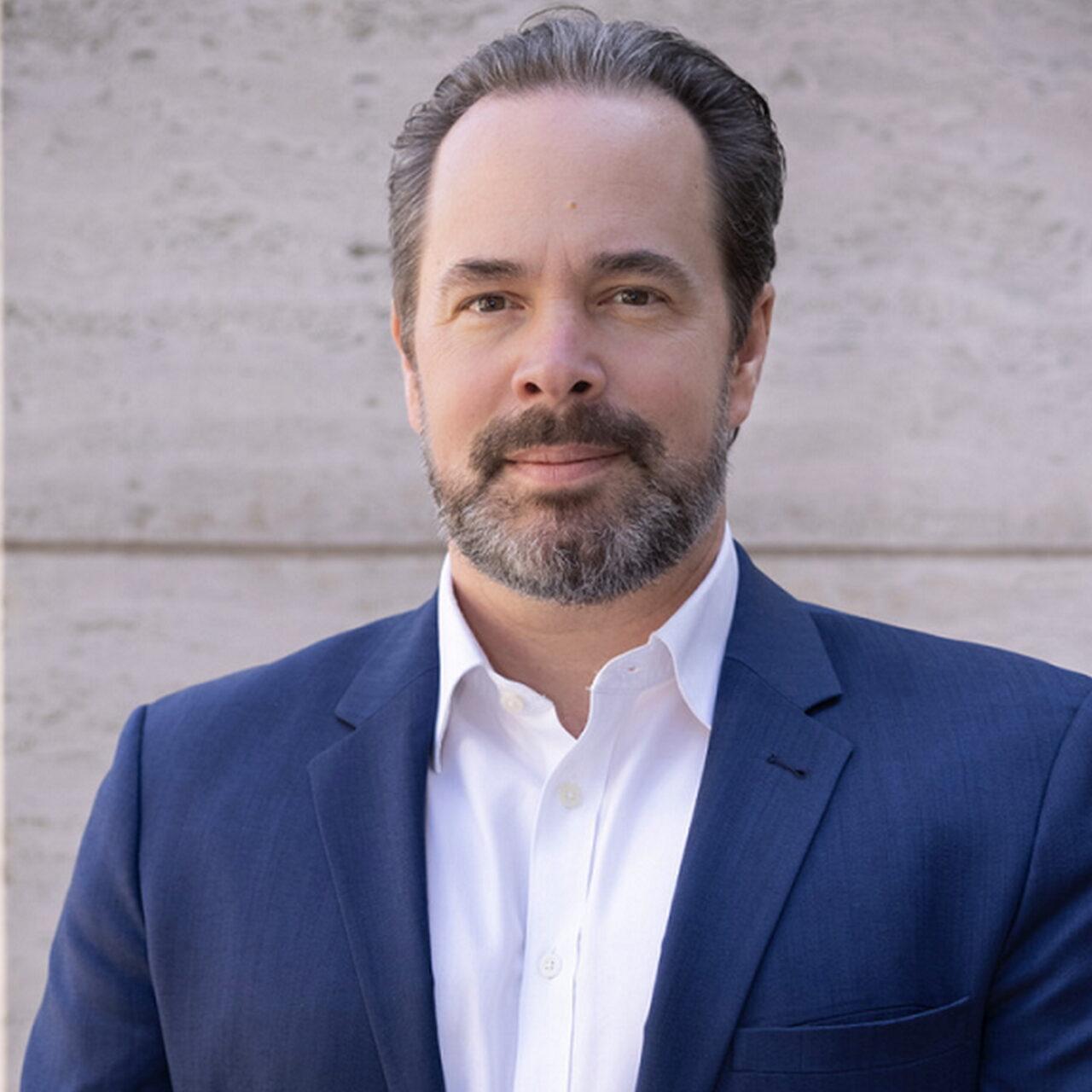 KINGSTONE Living & Care beruft Philipp Bach zum Head of Transactions Healthcare