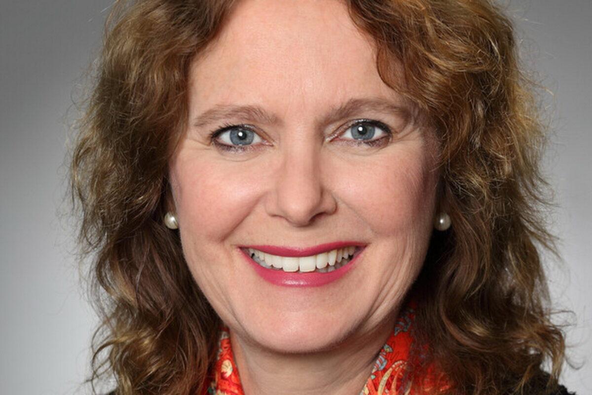 Ampega ernennt Katrin Behrens zur Leiterin institutionelle Kunden